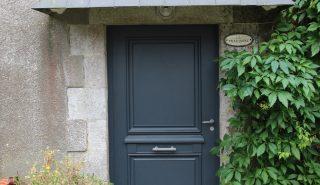 Installation porte d'entrée à Agon-Coutainville
